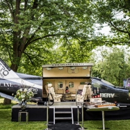 Drive-in show Naarden  (NL) Plane as Champagne Bar & DJ Booth