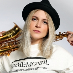 Saxofonist Rotterdam  (NL) Cece Noir