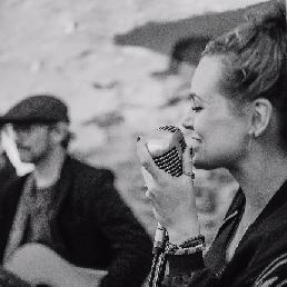 Band Beek  (Gelderland)(NL) Lara Leaves (Akoestisch duo)