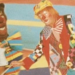 Animatie Knokke  (BE) Clown Popi als Steltenloper
