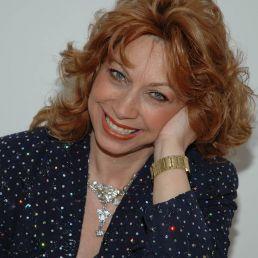 Presentator Rotterdam  (NL) Sylvia Schuyer Internat. Presentatrice