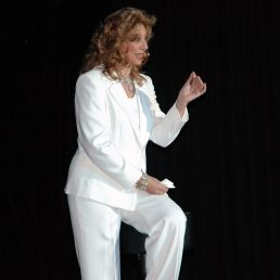 Sylvia Schuyer Internat. Presentatrice