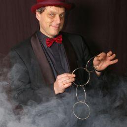 Richard Top Magic Show