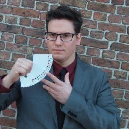 Goochelaar Deurne  (Antwerpen)(BE) Mentalist/Goochelaar Maarten: Podiumshow