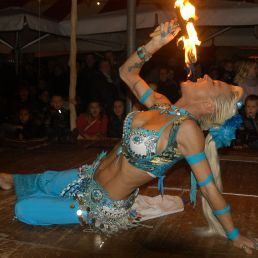 Spectacle show / Fakir show