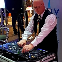 Saxofonist Uithoorn  (NL) DJ-Sax
