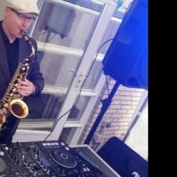 DJ-Sax