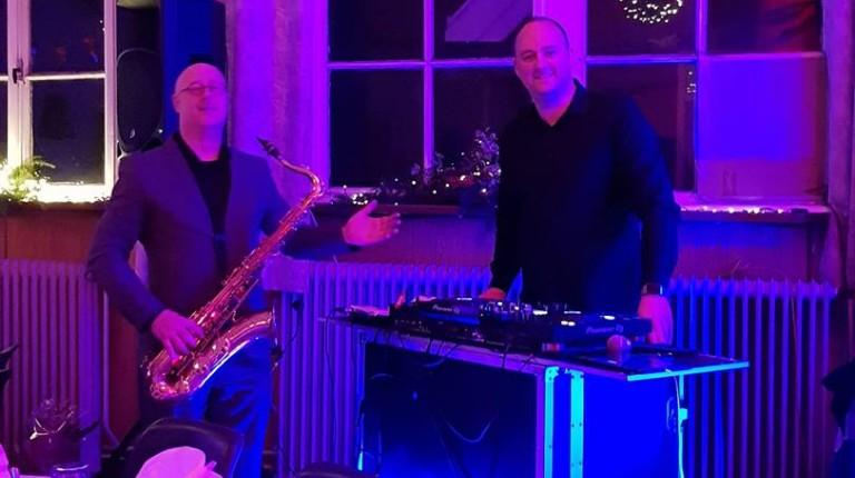 Dj John & Saxofonist Robert