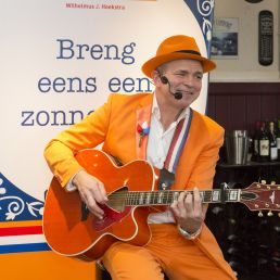 Singer (male) Utrecht  (NL) The Orange Man Wilhelmus Song Singer