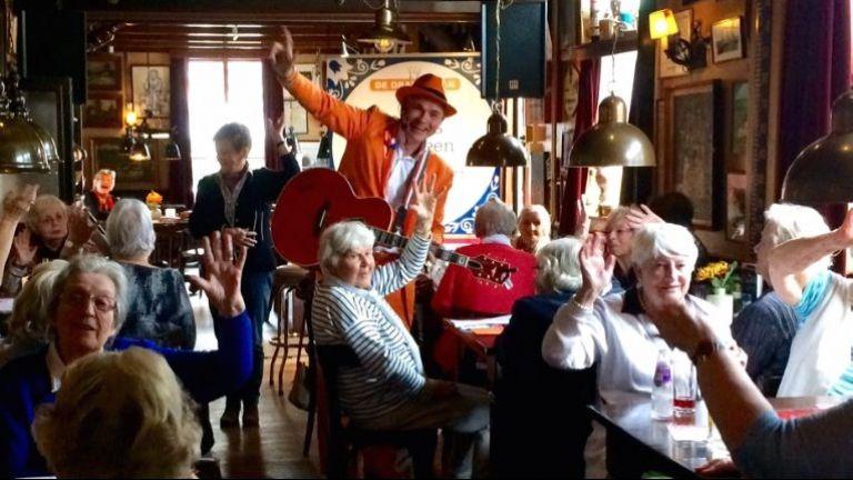 De Oranje Man LiedjesBINGO van Toen & Nu