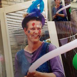 Balloon clown Pinky
