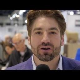 Mr. Red Sneakers - Presentator Gerrit Heijkoop