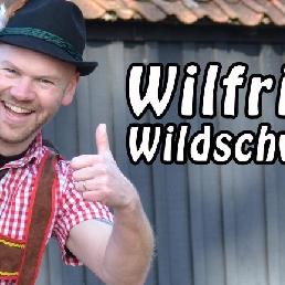 Zanger Haaksbergen  (NL) Feestzanger Wilfried Wildschwein