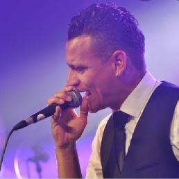 Zanger Leimuiden  (NL) Rudy Varela
