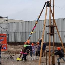 Event show Arum  (NL) Feestpaal eerste paal  start bouw heien