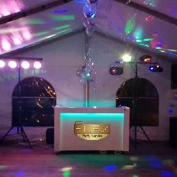 Drive-in show Zeewolde  (NL) Drive-in show met DJ's voor jouw feest!
