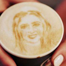 Cafface latte artiest