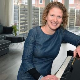 Piano player Marieke Duin!