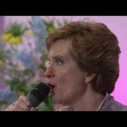 Funeral singer Machabelle
