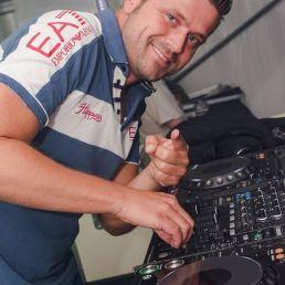 DJ Danny Mendez