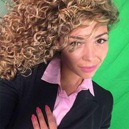 Safaa Mohamed: Hostess