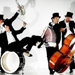 Band Nuenen  (NL) Het Draagbaar Radio Orkest