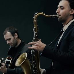 Saxofonist Maassluis  (NL) Miguel Sucasas JCC (Sax + DJ)