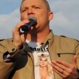 Zanger Linne  (NL) Roy Selder (zanger)
