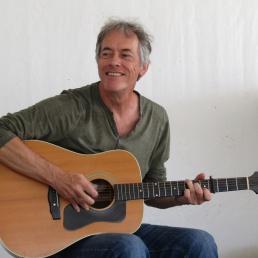 Gitarist Noordwijk  (Zuid Holland)(NL) Hans Elzinga