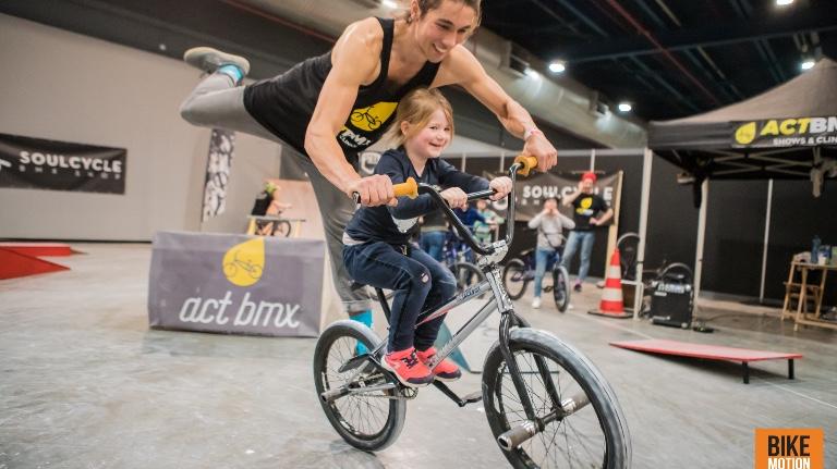 BMX shows + workshops op mobiel parcours
