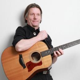 Singer (male) Schiedam  (NL) Stain