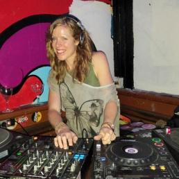 DJ Amsterdam  (NL) Wieteke van Bladel