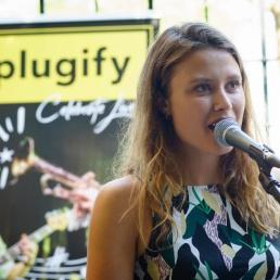 Singer (female) Utrecht  (NL) Sonja Felicia