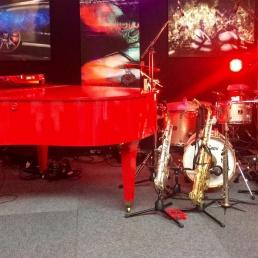 Band Valkenswaard  (NL) Spotlight Pianos Trio met vleugel