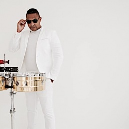 Percussionist Den Haag  (NL) LONGFIELD PERCUSSION