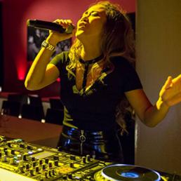 DJ Almere  (NL) Vocal DJ iAne ft AddWinSax