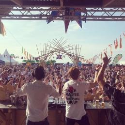 DJ Amsterdam  (NL) STØRM & MØMMA