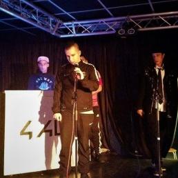 Singer (male) Zevenaar  (NL) DOBBELTJE