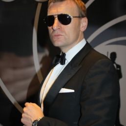 Daniel Craig 007 2 (UK)