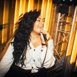 Singer (female) Arnhem  (NL) Wynonna Stoové