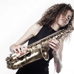 Saxofonist Amsterdam  (NL) Sanne Landvreugd