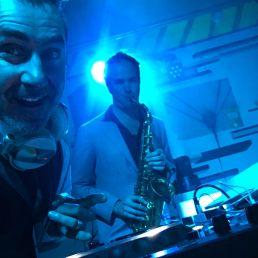 Dj - DeLaFresco met Live SAX!