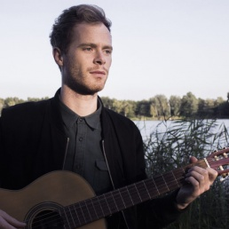 Singer (male) Amsterdam  (NL) Tim Sandys