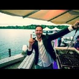 DJ Eindhoven  (NL) Mr Emmix (90s, Disco, Classics, Hitjes)