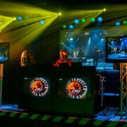 DVD DJ Hans Travolta