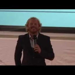 Harry Glotzbach: Custom Comedian