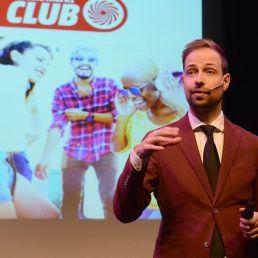 Maarten Tuit dagvoorzitter & presentator