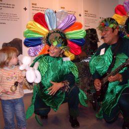 Kindervoorstelling Heinenoord  (NL) De Zingende Bloemen - Los del Sol