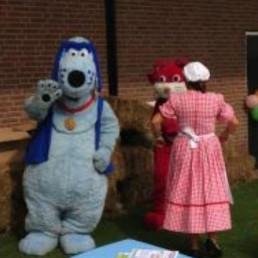 Karakter/Verkleed Heinenoord  (NL) Prins de Hond en Ploes de Poes