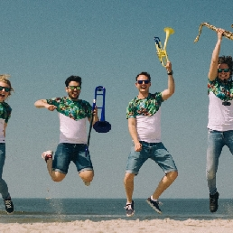 Band Den Haag  (NL) The BrassBells zomer editie